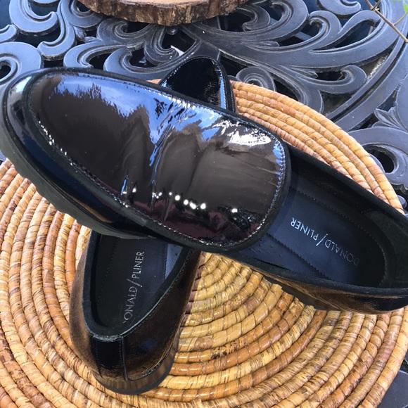 559c62defd3 Donald J. Pliner Shoes - Donald Pliner patent leather Elen loafer